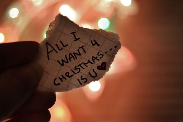 Frasi Natale E Amore.Le Frasi D Amore Da Dirsi A Natale Female World Il Blog Delle Donne