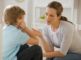 Come parlare ai bambini: decalogo per una mamma