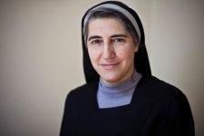 """Teresa Forcades, la rivoluzionaria teologa femminista catalana si racconta: """"Siamo tutti diversi!"""""""