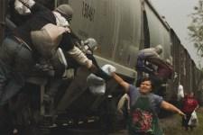 Las Patronas, le donne che danno da mangiare ai migranti