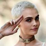 """Cara Delevingne attacca l'organizzatore di Coachella 2018: """"Omofobo e pro armi"""""""