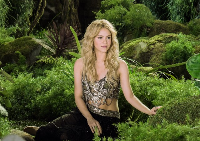 07 SHAKIRA EXCLUSIVE IMAGES - b