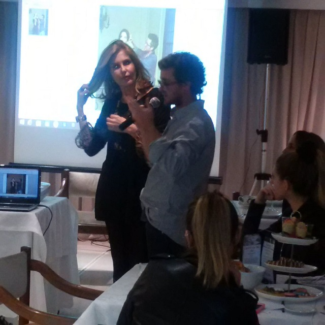 Lea Toscano durante la Masterclass junto a la reconocida RRPP. Susana Milano.