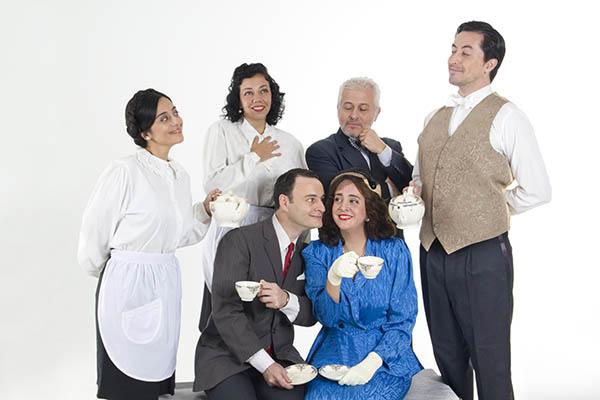 """""""Amándote en el Ritz"""" continúa en el mes de Julio. Una obra donde  el té y el teatro convergen"""