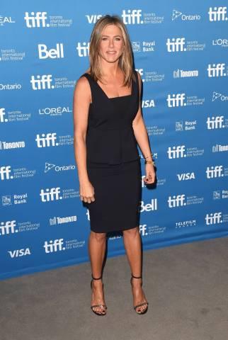 Jennifer Aniston con un vestido de SPORTMAX de la colección OI14/15.