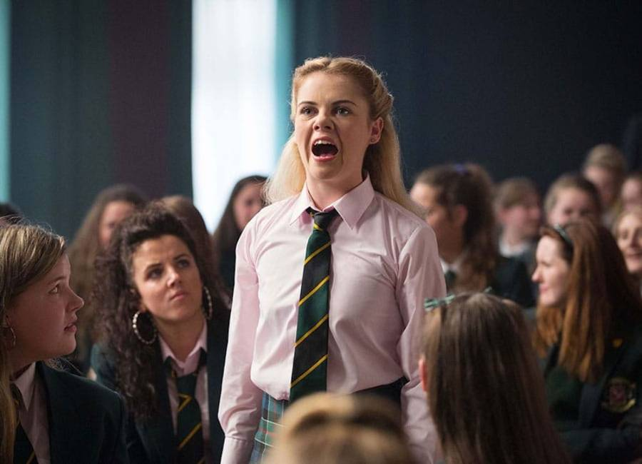 derry girls season 1 review