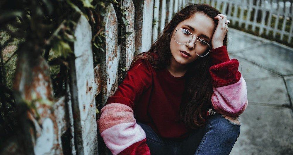 sad depressed woman endometriosis