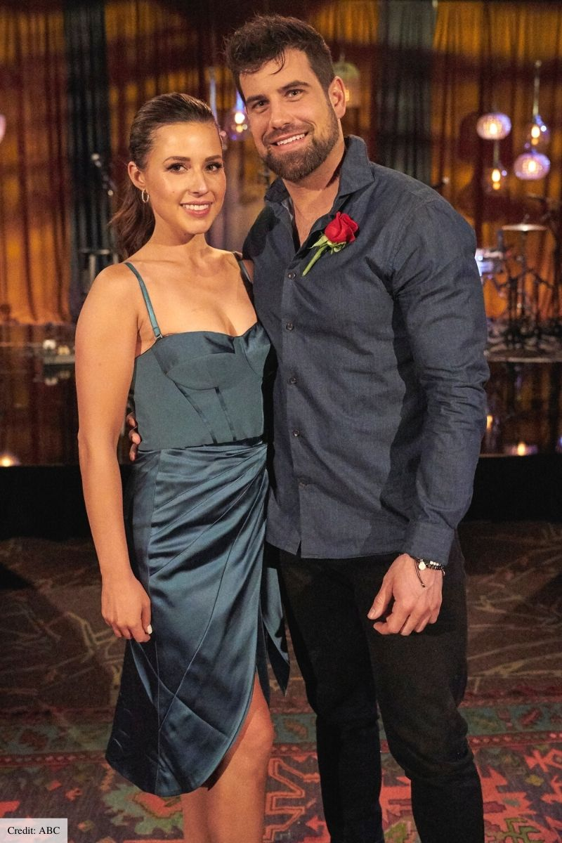 katie outfits the bachelorette