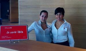 Victoria y Raquel, de Ibis Hotel (de la cadena Accor)