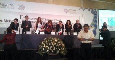 ISSSTE, 1er Congreso de Medicina Genómica y Enfermedades Huérfanas: clausura y entrega de reconocimientos