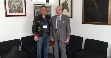 David Peña, presidente de FEMEXER, con Leobardo Ruiz, secretario del Consejo de Salubridad General (CSG)