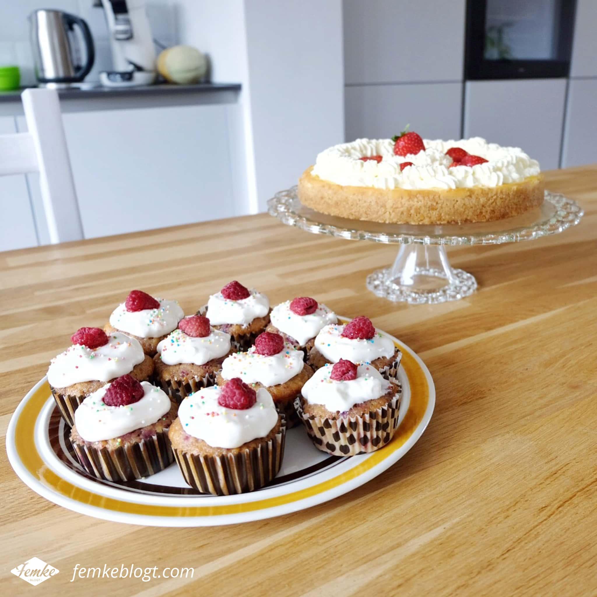 Maandoverzicht juli | Citroen cheesecake en frambozen cupcakes