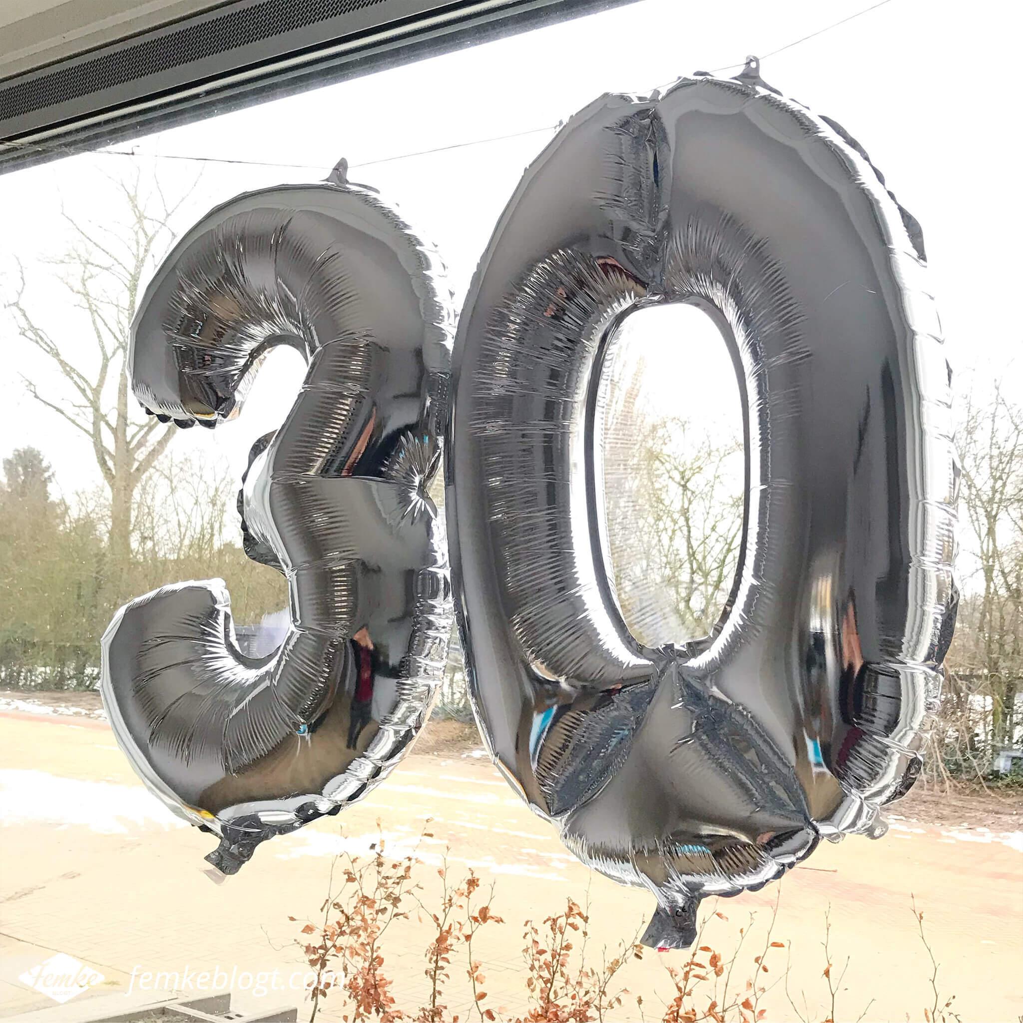 Maandoverzicht december | Zilveren ballonnen, 30