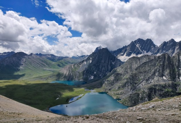 Hiking to Kashmir Lakes
