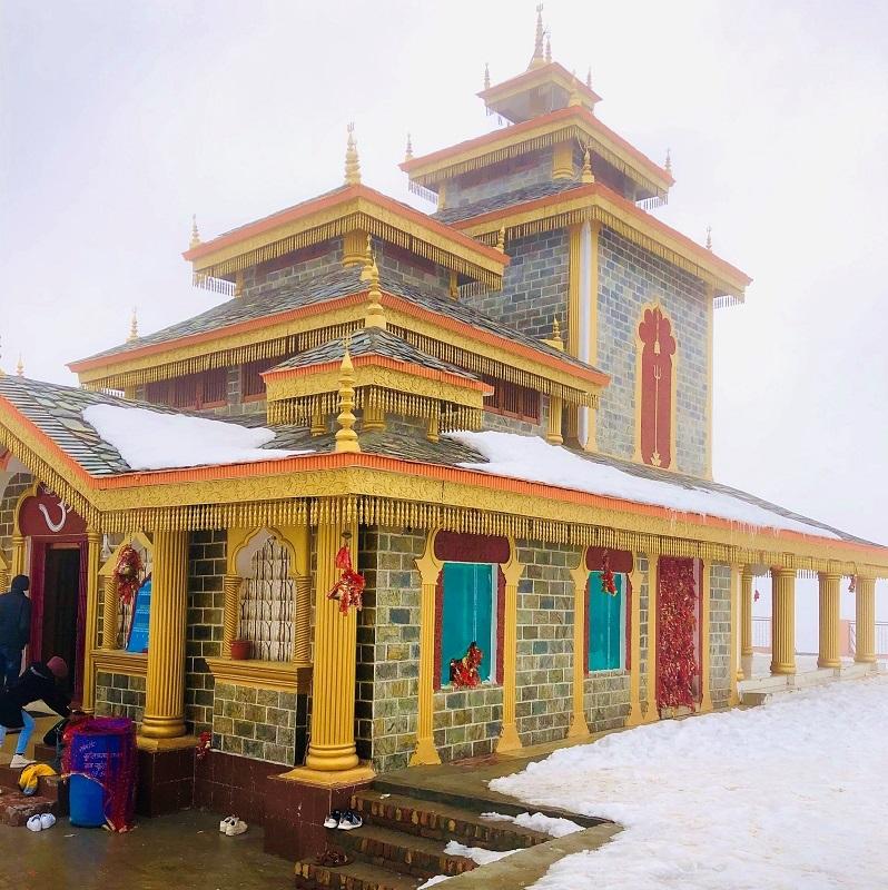 Solo travel - Surkhanda devi temple