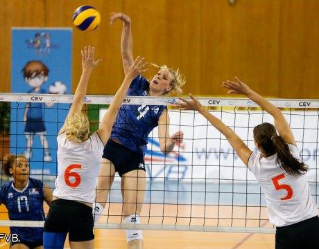 Volley - Cristina bauer
