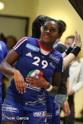 Handball - Equipe de France Féminine de Handball - Gnonsiane Niombla