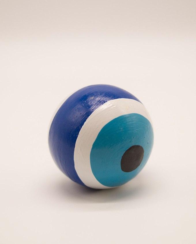 Σφαίρα ματάκι ξύλινη χειροποίητη διαμέτρου 8 cm μπλε
