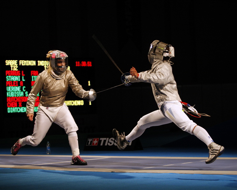 Mariel Zagunis fencing in the 2009 World Championships