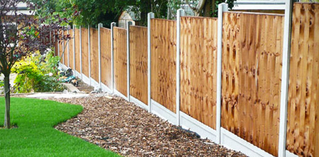 Hemingway Garden Fencing Leeds Where We Beat Any Quote Fencing