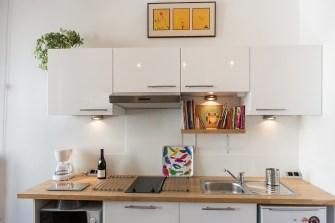cuisine-equipee-appartement-gite-lyon
