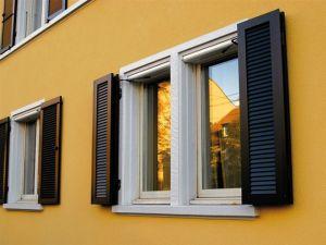motorischer Fensterladen MOT 01