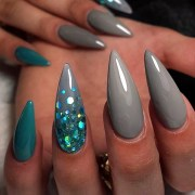easy stiletto nails design