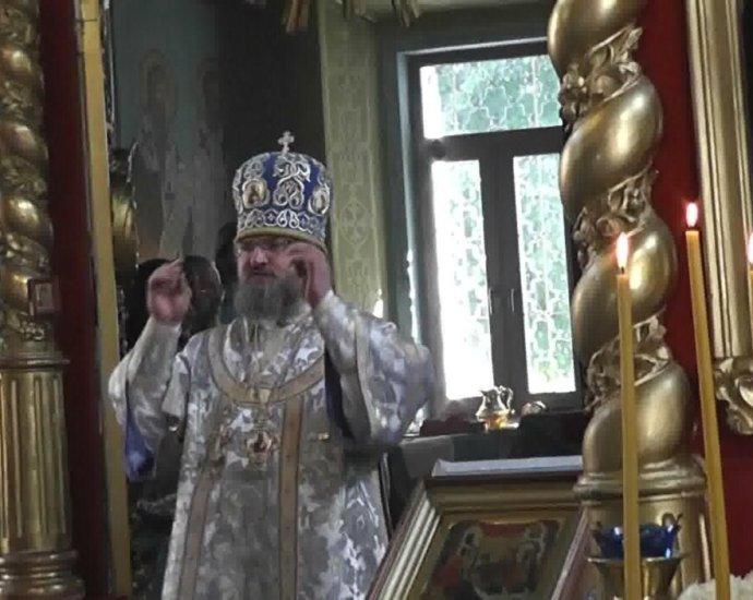 Ко Пресвятей Владычице нашей Богородице помолимся