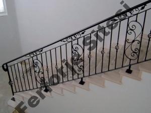 Merdiven Korkulukları