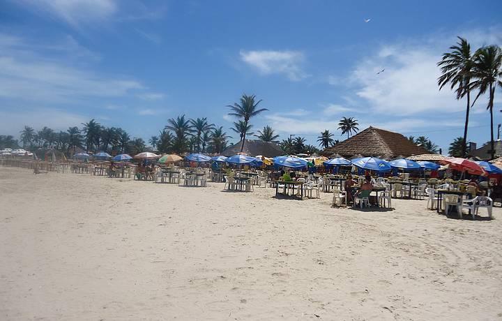 Pela manhã. Uma praia deliciosa!