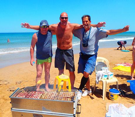 Strand-Kreta-Party-BBQ-Tanzen