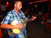 kreta bouzuki musik