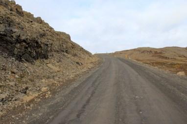 viele Straßen ähneln befestigten Feldwegen