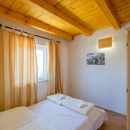App 1 - Schlafzimmer 2-Ansicht 1