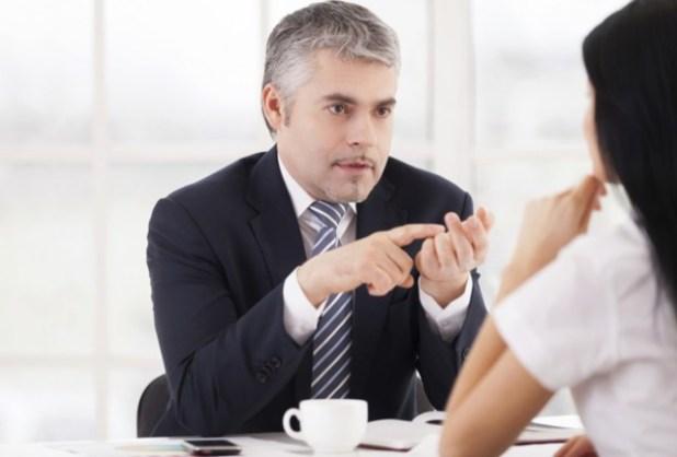 trabalho-chefe-conversa