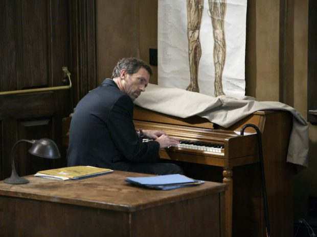 Dr House Piano_800