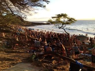 Maui Hawaii - Little Beach ... so viele tolle Menschen