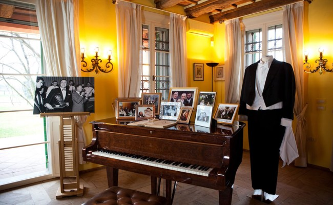 House Museum Luciano Pavarotti Guided Visit Discover