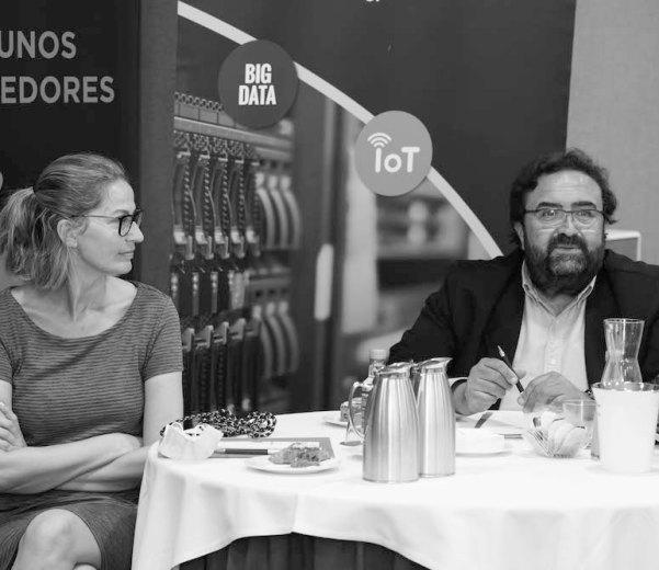 José A. Ferreira Dapía y Emma Lustres