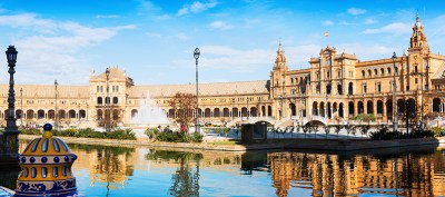 travel on Valentine's Day, Seville (Spain)