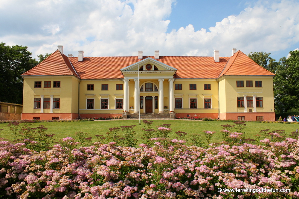 durbe manor latvia