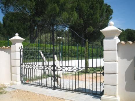 Vente de portail automatique en fer forge aluminium inox Aix en Provence  Ferronnerie dArt la