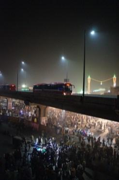 Gute Aussicht garantiert: Die BRT-Systeme in Lahore und Rawalpindi (bzw. Islamabad) führen in weiten Teilen aufgeständert durch die Stadtgebiete (aufgenommen in Lahore)