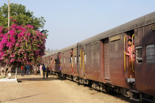 Kurzer Zwischenhalt (bei Ahmedabad)