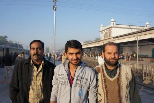 ... meine Mitreisenden im Zug von Karachi nach Multan...