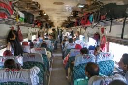 Wer doch das Reisen im Zuginneren bevorzugt, der reserviert rechtzeitig einen Sitzplatz (ab fünf Tage vor Abfahrt möglich)