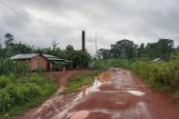 Am nächsten Morgen sah es dann so aus. Blick auf das Häuschen in der Bananenplantage