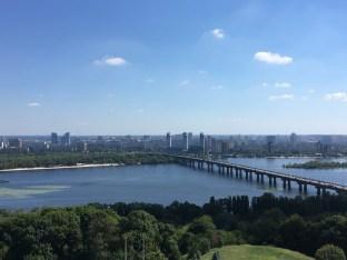Blick auf den Dnjepr in Kiew