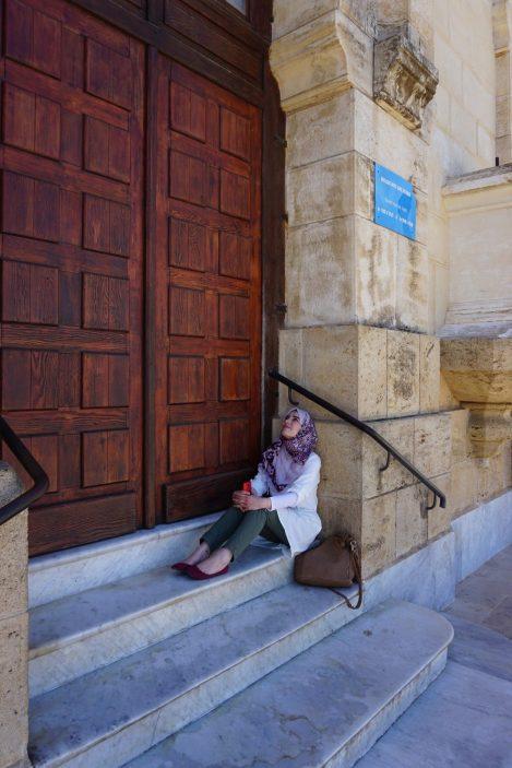 Jamila, die in Algiers kennenlernen dürfte.