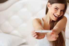 Cómo saber si estás embarazada: síntomas y pruebas